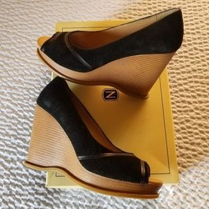 Black suede wedges sz 8